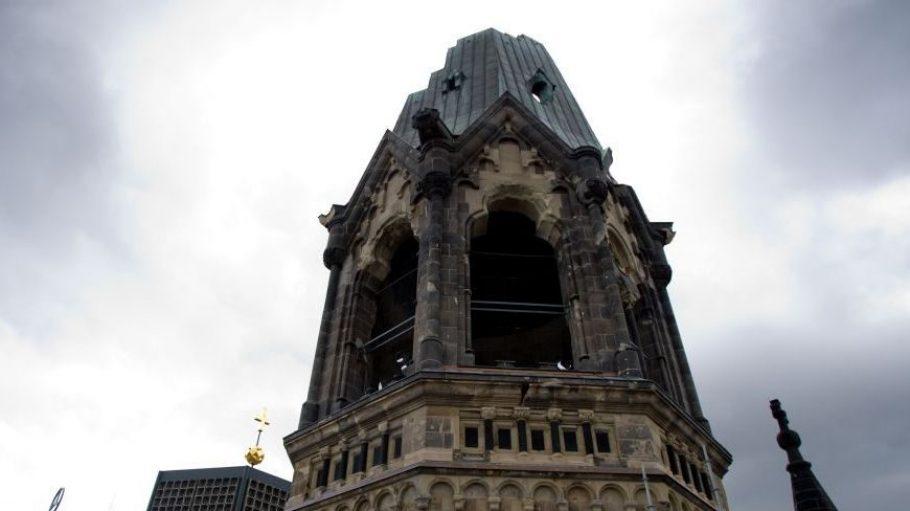 Am Glockenturm der Gedächtniskirche wurden große Schäden entdeckt.