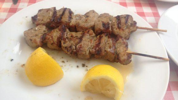 Griechisches Essen wie es sein soll. (c) Riepl