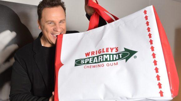 Guido mit der Wrigley's-Big-Bag. (c) Promo
