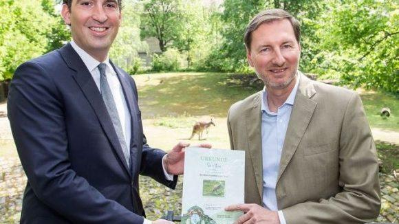 Hotel-Manager Doerr und Zoo-Chef Knieriem (v.l.). (c) Zoo Berlin