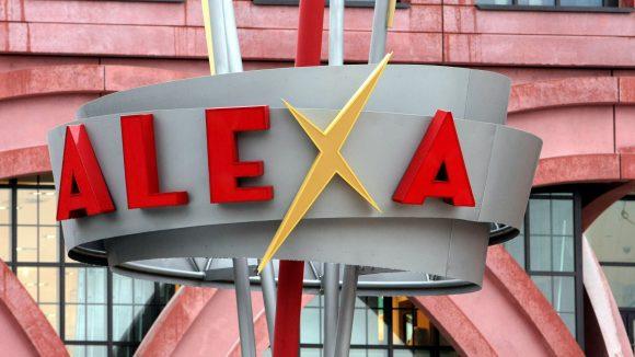 Das Alexa liegt direkt am Alexanderplatz und bietet eine riesige Auswahl an Artikeln für jeden Anlass. ©picture alliance/ dpa