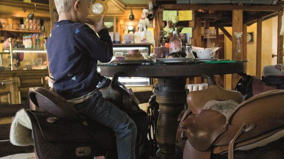Im Back Saloon sind die Windbeutel und Torten erste Sahne.