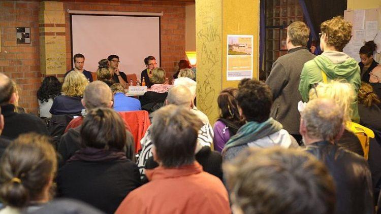 Ende Oktober wurde bei einer Veranstaltung der Grünen bereits über die Zukunft des 'Görli' diskutiert. Thema war die Eröffnung eines Coffeeshops im Park.