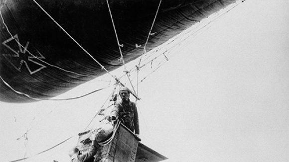 Joachim Seinfeld, Erster Weltkrieg 1917: Luftkrieg,2014, digitaler Silbergelatineprint auf Baryt,50 x 60 cm, Auflage 3 Exemplare.