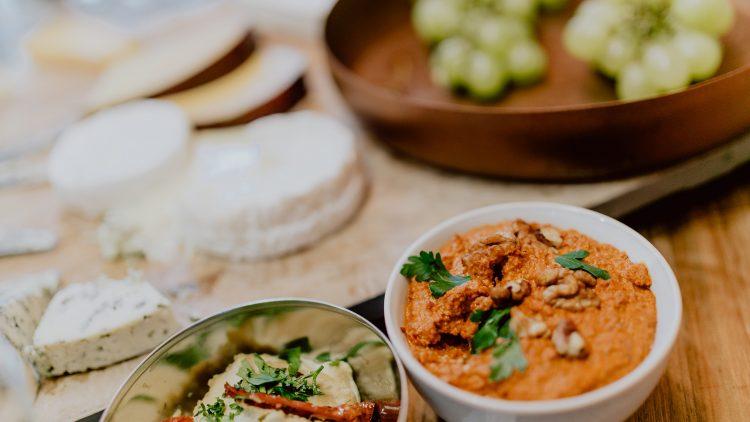 Hummus in einem Café