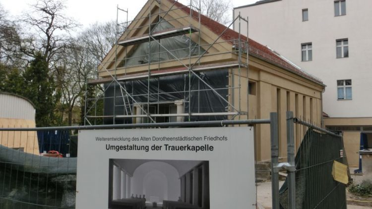 Die Kapelle auf dem Dorotheenstädischen Friedhof beherbergt bald ein Kunstprojekt, das der US-Künstler James Turrell angefertigt hat.