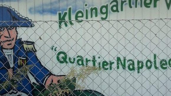 """Ein Kleingartenverein nennt sich nach wie vor """"Quartier Napoleon""""."""