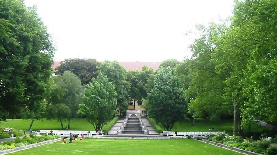 Besonders im Sommer ein Schmuckstück: der neobarocke Körnerpark.