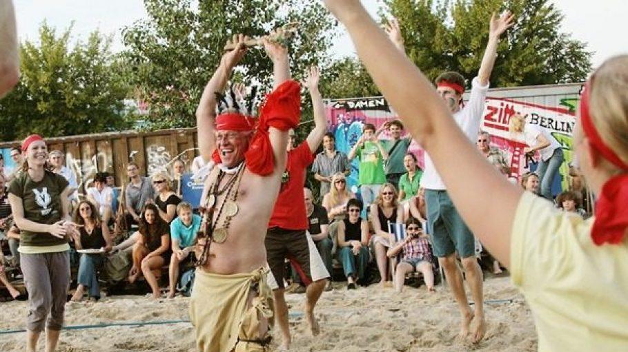 Ein besonderes Event für eine besondere Sportart: Die Strandvölkerball-WM.
