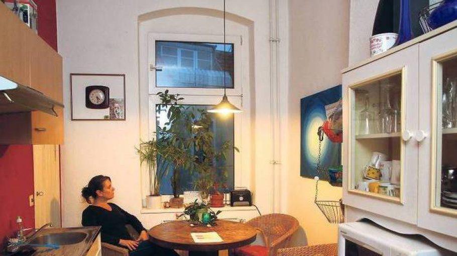 Fenster zum Hof: Die Küche von Doreen Welke. Am 30. November soll sie ausziehen.
