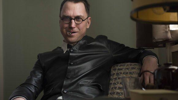 Lars Eidinger in der Rolle als Bertolt Brecht. © SWR/ Alexander Kluge