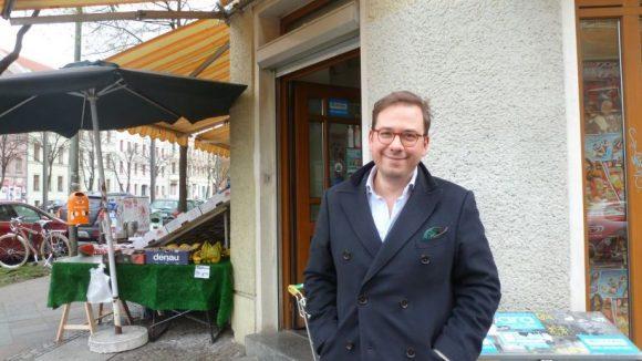 Den braucht jeder: An der Ecke zur Gormannstraße hat das Ally-Team den Minisupermarkt und Späti seines Vertrauens gefunden.