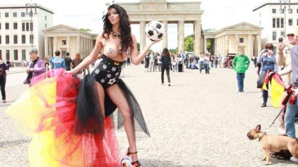 Micaela Schäfer ist in diesem Jahr nicht das einzige Werbegesicht der Erotikmesse Venus ...