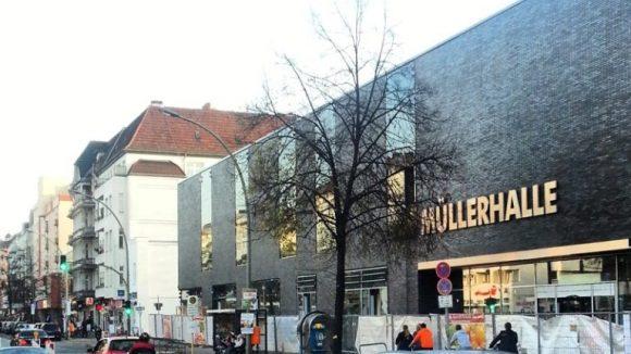 Die Müllerhalle, oft von Baustellen umrahmt.
