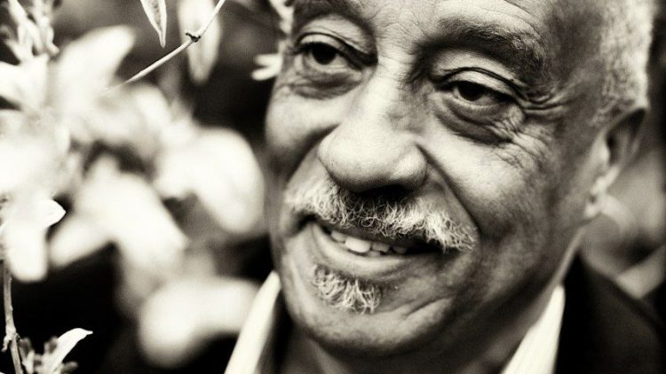 """Der äthiopische Musiker Mulatu Astatke wurde mit seinem Soundtrack zum Film """"Broken Flowers"""" weltberühmt."""