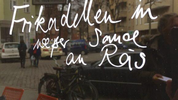 Neu sind die vielen Cafés, von denen Steinle einige in seine Tour einbezieht.