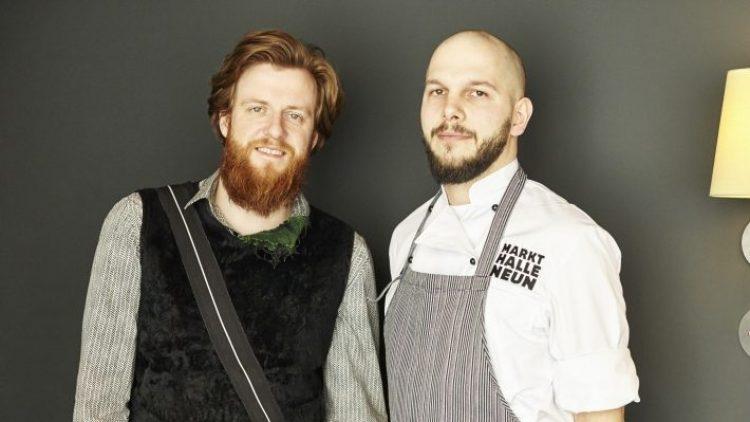 """Micha Schäfer (rechts) und Billy Wagner haben kaum das """"Nobelhart & Schmutzig"""" eröffnet, da sind sie schon als Szenerestaurant 2015 nominiert."""