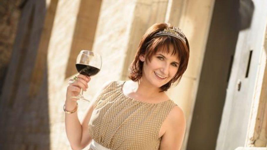 Die Pfälzische Weinprinzessin Marie-Joelle Ohler wird diesmal ebenfalls zum Wein- und Winzerfest nach Lichtenrade reisen.