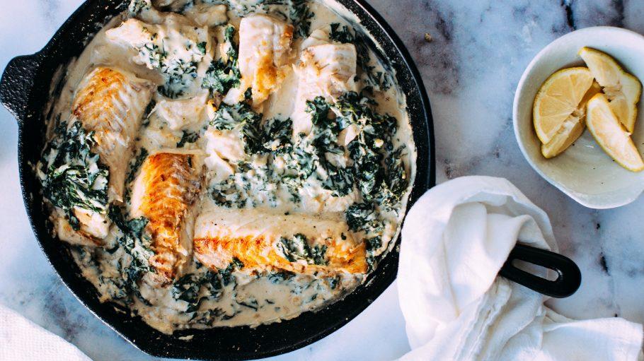 Ob cremig aus der Pfanne oder fein abgeschmeckt vom Grill: Alles aus dem Meer gibt es in Berliner Fischrestaurants.
