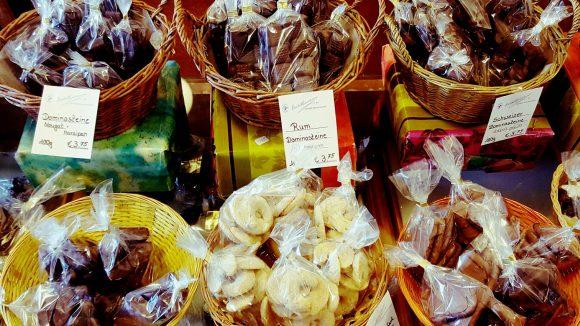 Plätzchen für Süßkramliebhaber sind auch im Angebot. (c) Trieba