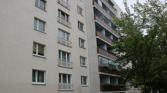 Die Wohnseite des Platten-Versuchsbaus in der Erich-Kuttner-Straße.
