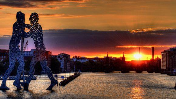 Platz 4: Sonnenuntergang an der Spree von Thomas Birkenbach.