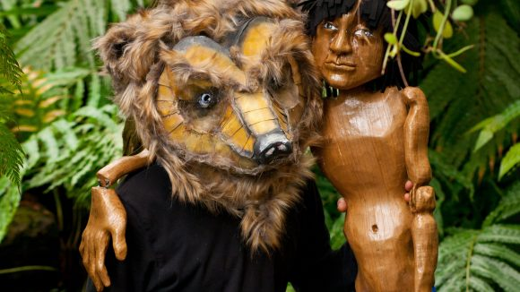 Probier's mal mit Gemütlichkeit! Bär Balu und Mogli als Marionette. ©Robert M Berlin
