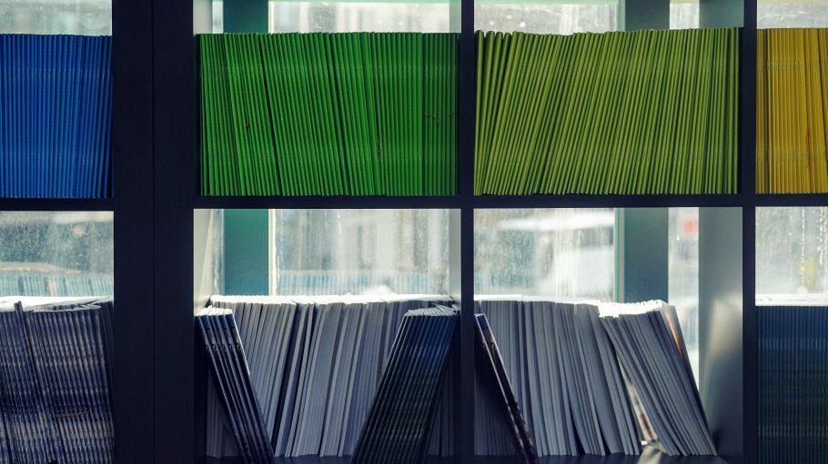 Bücher in allen Fromen, Farben und Größen bekommst du auch in Zukunft noch nicht kostenlos.