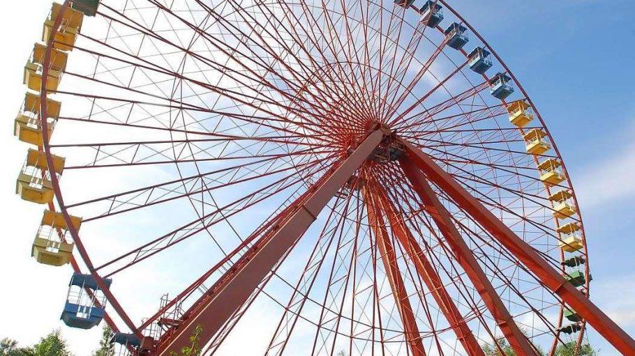 Das Riesenrad ist der Hingucker des Spreeparks und soll deswegen erhalten werden.