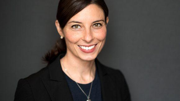 Sandra Runge hat sich auf das Recht von Eltern im Arbeitsalltag spezialisiert. ©Malina Ebert