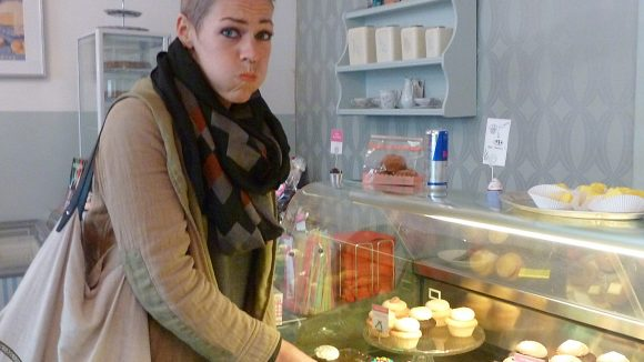 Bei Cupcake Berlin werden Träume wahr, am liebsten isst Saskia den mit der süßen kleinen Möhre auf dem Frosting (Sugar & Spice).