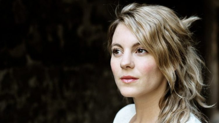 Schauspielerin Luise Bähr lebt im Kreuzberger Graefekiez.