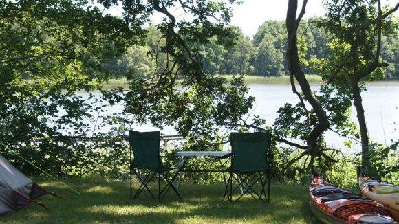 So sehen sie aus, die Campingplätze an den Seen rund um Fürstenberg. ©picture-alliance / dpa