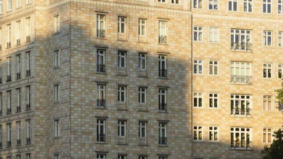 Stalinbauten mit ihren markanten braunen Fliesen.