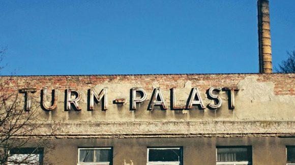 Kein Palast mehr - die Turmstraße ist ein Sanierungsgebiet.