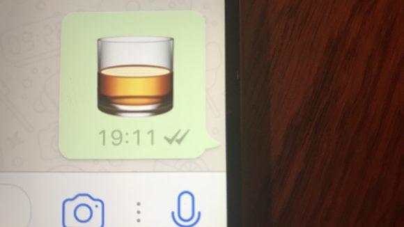 Typisch Yuri & Neil: Unsere Drinkfrage wird per Emoji beantwortet. ©QIEZ