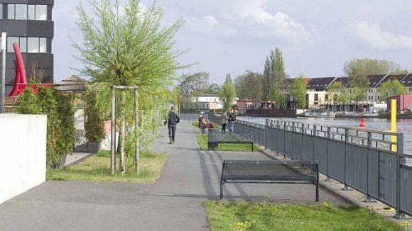 Die Ufer in Schöneweide sind nicht überall frei zugänglich, oft fehlt es an attraktiven Uferwegen.
