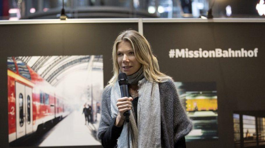 Jury-Mitglied beim Fotowettbewerb zur #MissionBahnhof und auch zur Eröffnung zugegen: Schauspielerin Ursula Karven.