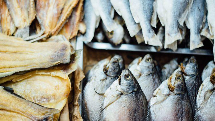 Das Auge fischt mit: Die besten Fischläden der Stadt bieten eine große Auswahl und garantierte Frische.