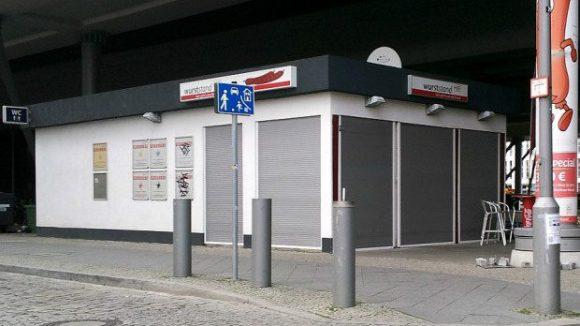 Winterpause am Wurststand. (c)Hauptbahnhof Blog