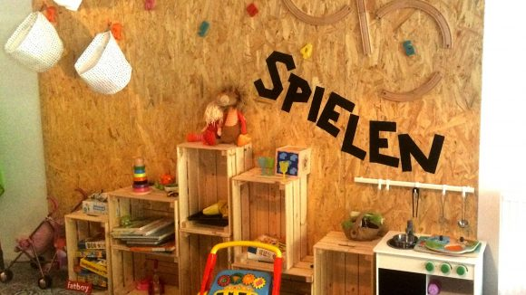 """""""Spielen"""": So lautet das Motto im """"Löwenladen""""."""