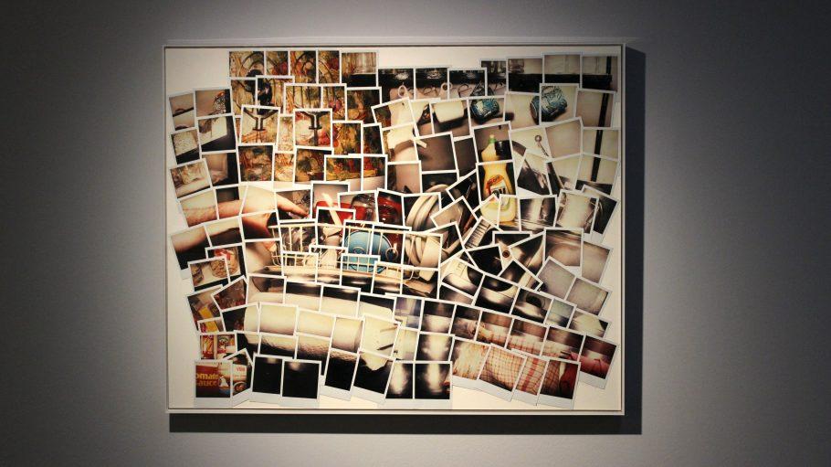 Eine Fotosammlung von amerikanischer Künstlerin Joyce Neimanas.