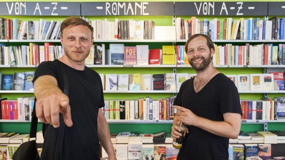 Michael Nast trifft Hannes in der Buchbox.