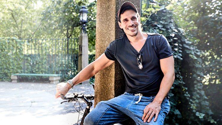 Philipp Christopher auf seinem Fahrrad