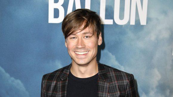 "David Kross bei der Premiere des Films ""Ballon"" im Zoopalast"