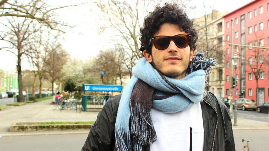 Am U-Bahnhof Gneisenaustraße ist der spanische Musiker und Produzent Kid Simius zuhause.