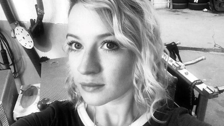 """Die junge Schauspielerin Nina Gummich wird Anfang November in der neuen Berlin-Club-Serie """"Beat"""" zu sehen sein."""