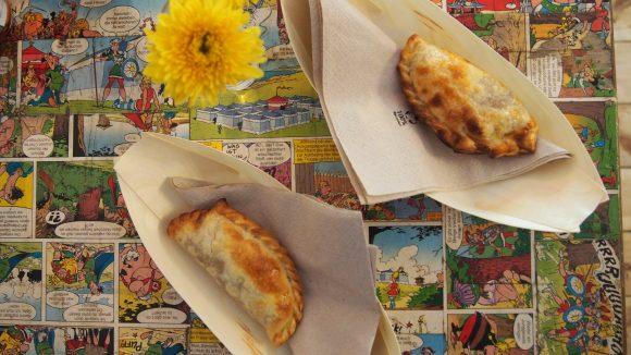 Diese leckeren Empanadas sind der perfekte, deftige Snack für den kleinen Hunger.