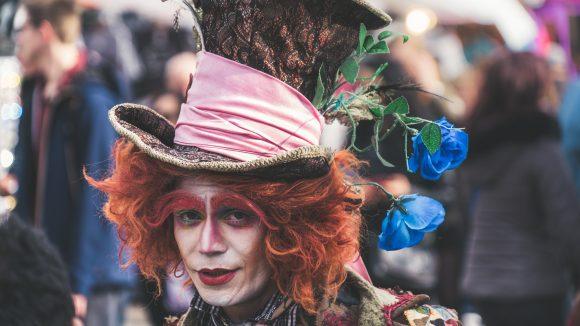 Der Hutmacher aus Alice im Wunderland als Verkleidung.