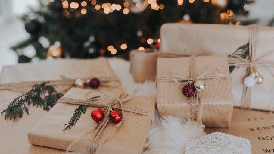 Was soll als Geschenk unter dem Baum landen? Diese zehn Läden bieten dir alles von Schnickschnack bis zu edlem Interieur.